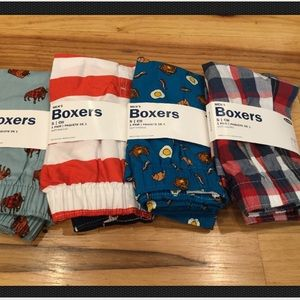 Old Navy Men Small (31-32) Set Of 4 Boxers